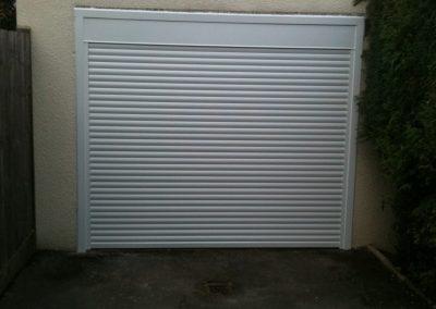 COMPACT WHITE DOOR